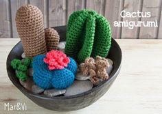 ¿Te gustan los amigurumis? Toma nota del esquema paso a paso para elaborar estos pequeños cactus para decorar.