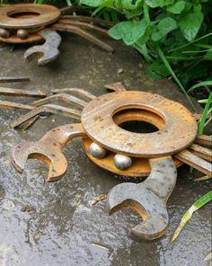Welding Art Projects, Metal Art Projects, Metal Crafts, Welding Ideas, Scrap Metal Art, Metal Yard Art, Horseshoe Art, Horseshoe Crafts, Steel Sculpture