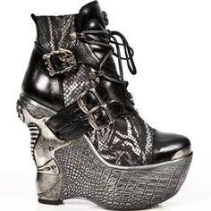 M.PZ001-C8 Black & Silver New Rock Ankle Boots Size 6