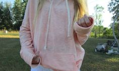 By: ♡Fashion princess♡ Inspire people° Tumblr Fashion, Hipster Fashion, Teen Fashion, Light Pink Hoodie, Cool Outfits, Casual Outfits, Tumblr Quality, Tumblr Outfits, Fall Wardrobe