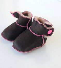 Baby Boy Girl booties First Steps crochet by lefushop on Etsy Baby Booties, Baby Shoes, Crochet Boots, Slipper Boots, Suede Leather, Baby Boy, Slippers, Booty, Trending Outfits