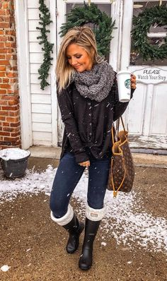cute warm outfits for weekend on fall 19 ~ my.me cute warm outfits for weekend on . Warm Outfits, Casual Winter Outfits, Winter Fashion Outfits, Modern Outfits, Look Fashion, Autumn Winter Fashion, Cool Outfits, Winter Snow Outfits, Snow Outfits For Women