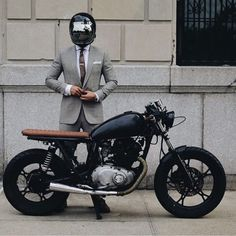 The French Vintagologist - Motorcycle Estilo Cafe Racer, Cafe Racer Style, Cafe Racer Bikes, Cafe Racer Motorcycle, Motorcycle Style, Brat Bike, Blitz Motorcycles, Vintage Motorcycles, Custom Motorcycles
