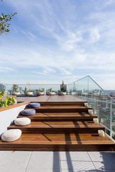 Pergola Attached To House Roof Pergola Attached To House, Pergola With Roof, Patio Roof, Pergola Plans, Diy Pergola, Pergola Kits, Rooftop Terrace Design, Terrace Garden, Rooftop Gardens