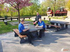 Picknick tafel DeLuxe Antraciet-Beton bij CSG Wessel Gansfort in Groningen Outdoor Tables, Outdoor Decor, Picnic Table, Outdoor Furniture, Home Decor, Interior Design, Home Interior Design, Yard Furniture, Garden Furniture