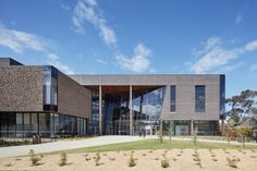 Gateway Building for Trinity College at The University of Melbourne by McIldowie Partners   Universities