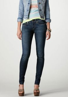 American Eagle Super Stretch Skinny Jeans- must get a pair!