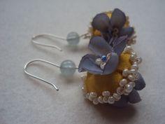 Earrings with flowers/ Blütenohrringe