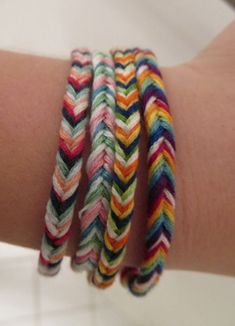 Fishtail friendship bracelets DIY. Always loved these and have made plenty :)