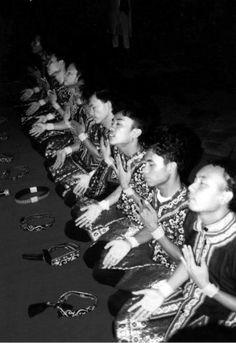 Saman Dance - Aceh