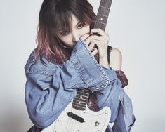 Life with Fender Lisa Japanese Singer, Taylor Hill, Taylor Swift, Youtube Editing, Beyonce, Rihanna, Rocker Chick, Guitar Girl, Non Binary People