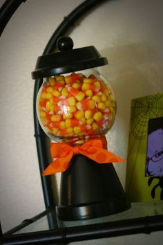 Learn how to make a Faux Gumball Machine! Too cute! http://thechristmasfairyfb.com/2011/08/how-to-make-a-faux-gumball-machine.html