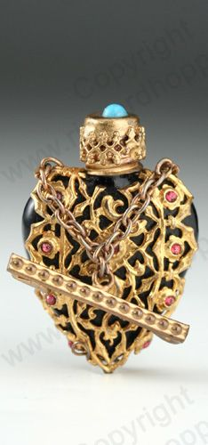 VINTAGE GLASS: ART DECO SCENT & PERFUME BOTTLES. c.1930s JEWEL CAGED BLACK GLASS BROOCH SCENT BOTTLE WITH BEAD SET SCREW TOP, CZECHOSLOVAKIAN. To visit my website click here: http://www.richardhoppe.co.uk or for help or information email us here: info@richardhoppe.co.uk