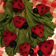 bug birthday party | Lady Bug Birthday Party Ideas / Ladybug Snack! Cut strawberry in half ...