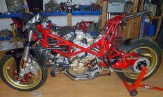 Radical Ducati S.L.: 10 our new bike goes ahead !!