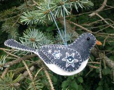 Wool Felt junco/ Wool Junco Ornament/ Embroidered Junco/ Felt Bird