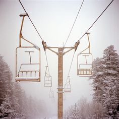 ski area and I live so close, would be a great thing to do, go ride the gondola after a good snow. I Love Winter, Winter Is Coming, Winter White, Snow White, Pin Maritime, Go Skiing, Ski Lift, Look Here, Tumblr