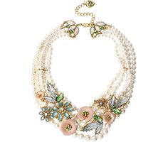 QUEEN BEE PEARL AND FLOWER NECKLACE: Betsey Johnson