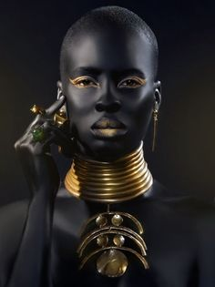 These images debunk stereotypes about black people especially women, they give us a glimpse into the deep beautiful bones of women of African descent, African women, blacks across the globe ( Pan-A… African Beauty, African Women, African Fashion, African Girl, African Tribes, My Black Is Beautiful, Beautiful People, Gorgeous Women, Foto Portrait