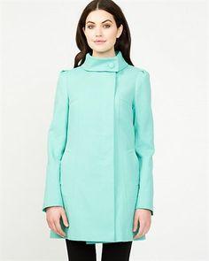Manteau asymétrique en coton délavé @lechateau  99,99$