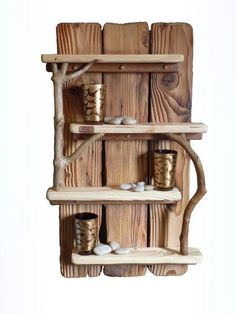 We always keep on bringing you ever new ideas of decor crafts. Today we have some marvelous recycled pallet wood decor crafts ideas for you which would lure you… Driftwood Shelf, Driftwood Projects, Driftwood Ideas, Pallet Projects, Pallet Shelves Diy, Pallet Storage, Wood Shelves, Into The Woods, Diy Holz