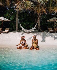 Tropical Beaches With Palm Trees Beach Aesthetic, Summer Aesthetic, Summer Pictures, Beach Pictures, Shotting Photo, The Beach, Summer Beach, Tropical Beaches, Tropical Vacations