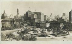 Benjamin Franklin Parkway, Philadelphia (1930 postcard)