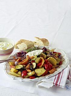 Unser beliebtes Rezept für Schmorgemüse mit Feta-Dip und mehr als 55.000 weitere kostenlose Rezepte auf LECKER.de.