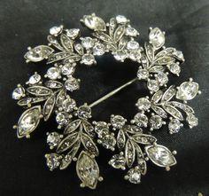 Vintage Designer Brooch Pin Rhinestone Silver Diamond Wreath Wedding Bouquet WOW