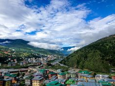 Explore the best of Bhutan. Experience its culture and tradition and find out the best things to do in Bhutan before planning a trip. Bhutan, Himalayan, Tulum, Kyoto, Eco City, Asia, Honeymoon Packages, Tourist Places, Day Hike