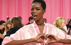 Maria Borges backstage at the VS Victoria's Secret Fashion Show vsfs 2015 - december/ in NYC Victoria Secret Angels, Victoria Secret Fashion Show, Backstage, Fashion Shows 2015, Victoria's Secret, Luxury Beauty, Photos Du, Most Beautiful Women, Gorgeous Men