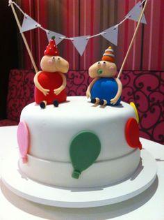 Peppa and George birthday cake #peppapig #fondantfigures #cakedesign