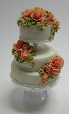 From Cynthia Howe's 'A Piece of Cake' - Cake made by Maple Leaf Miniatures.