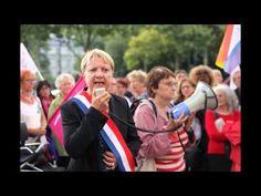 Rassemblement contre la disparition du ministère des Droits des femmes