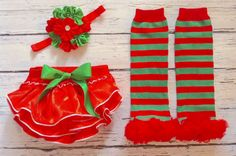 Christmas bloomer SET in red and green for by GigglesandWigglesBtq, $20.00