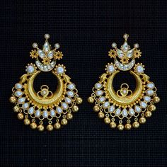 Picture of Pearl Uncut Chandbals with Golden Balls