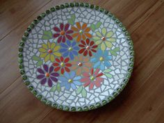 mozaiek schaal Mosaic Tray, Mosaic Pots, Mosaic Projects, Cozy Corner, Stepping Stones, Glass Art, Egg Shell, Outdoor Decor, Gifts
