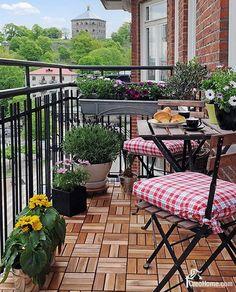 balkon met vlonder vloer van ikea