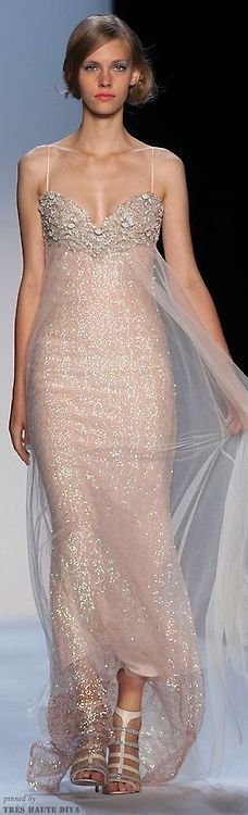 (via Badgley Mischka Spring 2014 RTW | ♥ rose gold glam ♥)