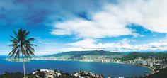 Vista panorámica de la Bahía de Acapulco. Acapulco Bay panoramic view.