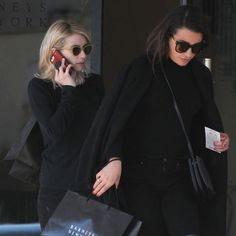 Emma Roberts And Lea Michele Stop To Shop After Carrie Fisher's Funeral - http://oceanup.com/2017/01/07/emma-roberts-and-lea-michele-stop-to-shop-after-carrie-fishers-funeral/