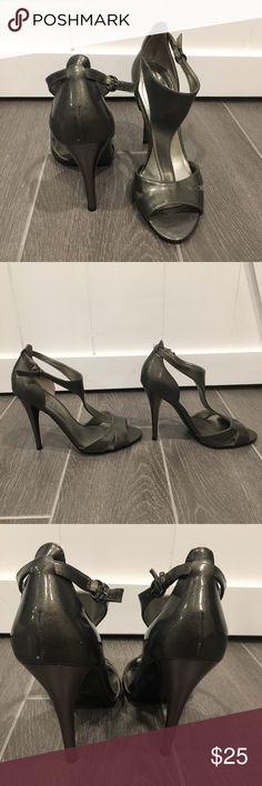 GUESS Grey Heels Women's GUESS Size 7M heels  Gently worn   No box Guess Shoes Heels