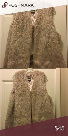 Cream Faux Fur Vest/Gilet - size 20 Asos cream Fur Vest. Worn once. Size 20 US. ASOS Curve Jackets & Coats Vests