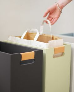 DIY inspiration for garbage sorting bins. Interior Design Living Room, Living Room Designs, Recycling Station, Home Hacks, Home Organization, Interior Inspiration, Home Kitchens, Trans, Nice Dream
