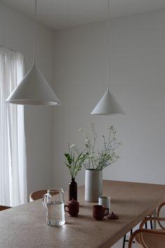 Wood Interior Design, Interior And Exterior, Kitchen Dining, Dining Room, Joko, Wood Interiors, Interior Architecture, Minimalism, Pastel