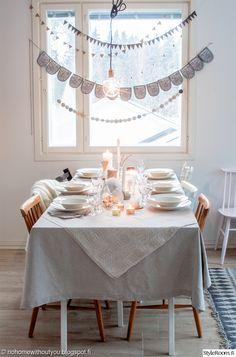 kattaus,ruokapöytä,keittiö,olohuone,vaalea,pöytäliina,viirinauha
