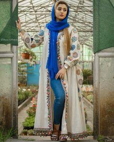 Iranian Women Fashion, Arab Fashion, Muslim Fashion, Street Hijab Fashion, Kimono Fashion, Fashion Dresses, Maxi Dresses, Stylish Work Outfits, Stylish Clothes For Women