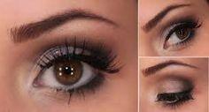 Resultado de imagem para maquiagem para aumentar olhos pequenos