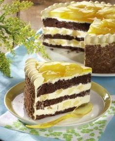 Čokoládový dort s ananasem - Recepty na každý den Czech Recipes, Russian Recipes, My Favorite Food, Favorite Recipes, Dream Cake, Baking And Pastry, Love Cake, Something Sweet, Yummy Cakes
