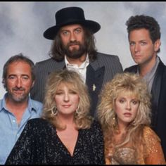 I really wish Christine McVie would've came to the Vancouver concert. Would of been amazing to hear her since in concert